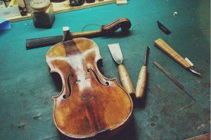 Geige Aufbau Werkzeug
